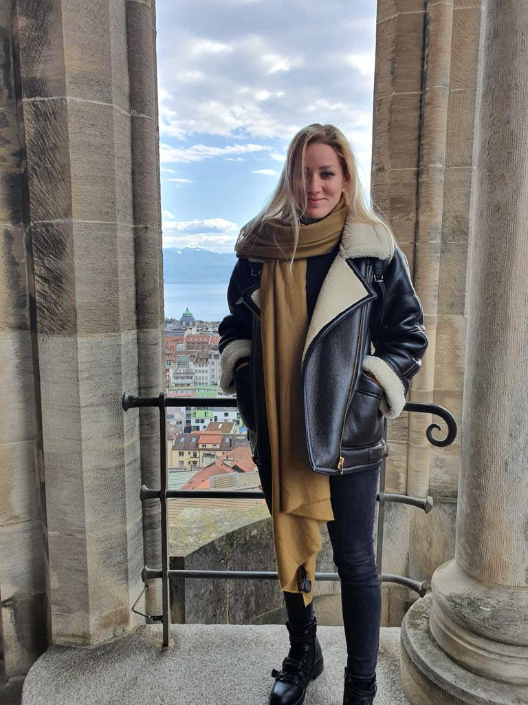 Vanessa im Urlaub in Italien